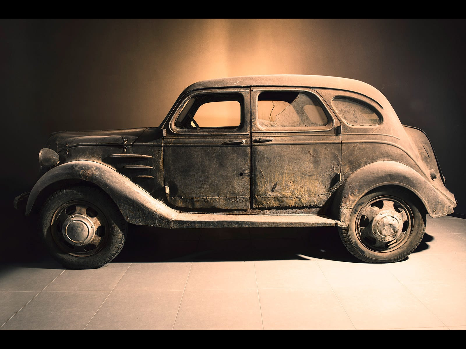 The 1st Automobile of Toyota & the discovery of an original example ...